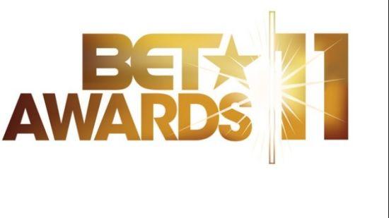 """Kanye Wins """"Best Male Hip-Hop Artist"""" At 2011 BET Awards"""